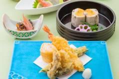 会席料理(小鉢・前菜・お造里・煮物・焼物・揚物・食事・水菓子・コーヒー)